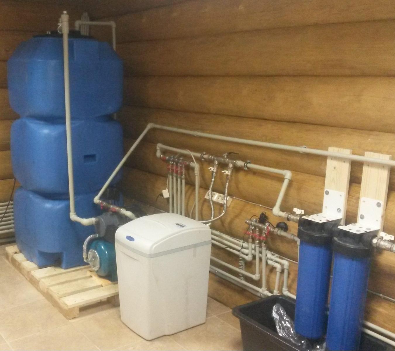это системы водоснабжения загородного дома фото центре села протекает